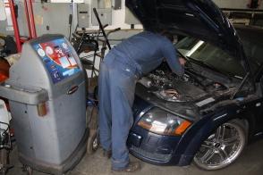 Étapes de l'entretien air climatisé auto